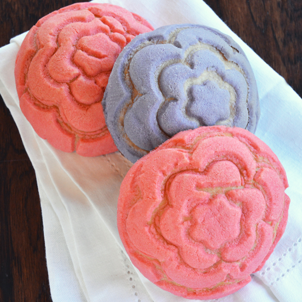 conchas mexican sweet spring flower buns | craftybaking | formerly