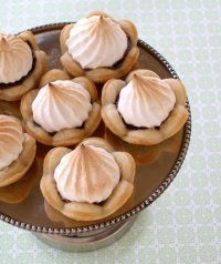 Mini Chocolate Meringue Tarts Recipe