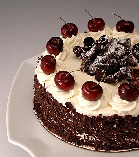 Black Forest Pudding Cake Recipe