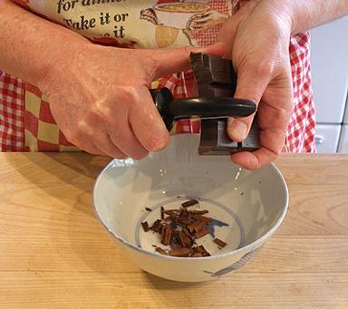 Easy chocolate curls recipe