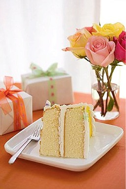 Sylvia Weinstock\'s Yellow Cake | CraftyBaking | Formerly Baking911